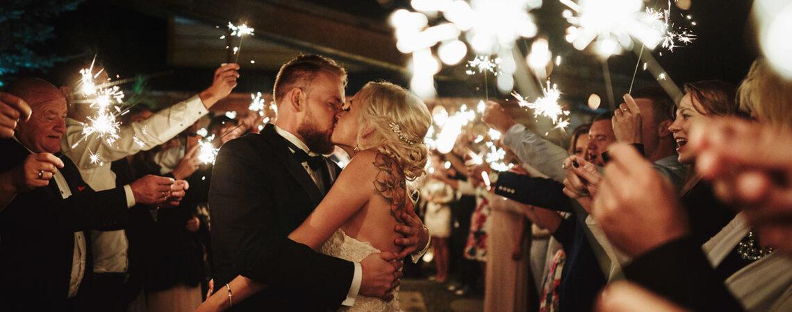 Jej niezwykły tatuaż wyglądał doskonale! Wspaniałe wesele Moniki i Adriana!