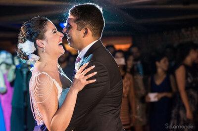 O casamento clássico e cheio de cores de Maíra & Alex: felicidade transbordando em olhares apaixonados!