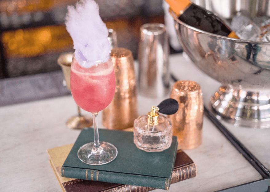 Cómo elegir las bebidas para tu boda. 5 consejos de experto para una barra TOP