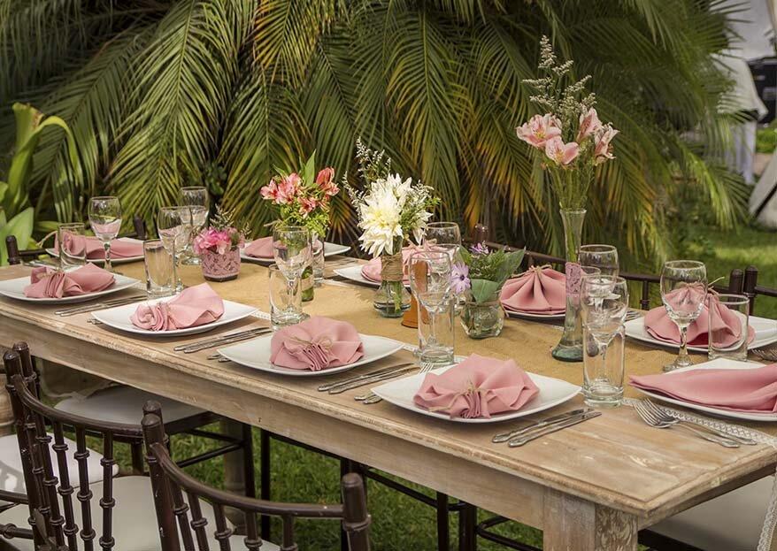 Deslumbra con la comida de tu matrimonio. ¡Ricos platos con Brisa Producciones!