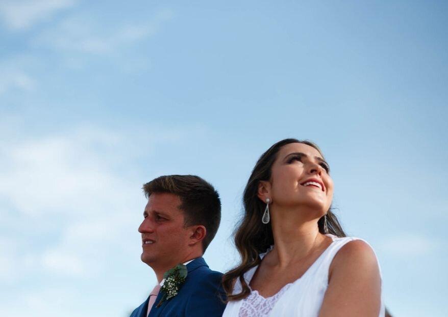 Juliana & Eduardo: do primeiro encontro na Mureta da Urca para o casamento emocionante de frente para o mar de Búzios.