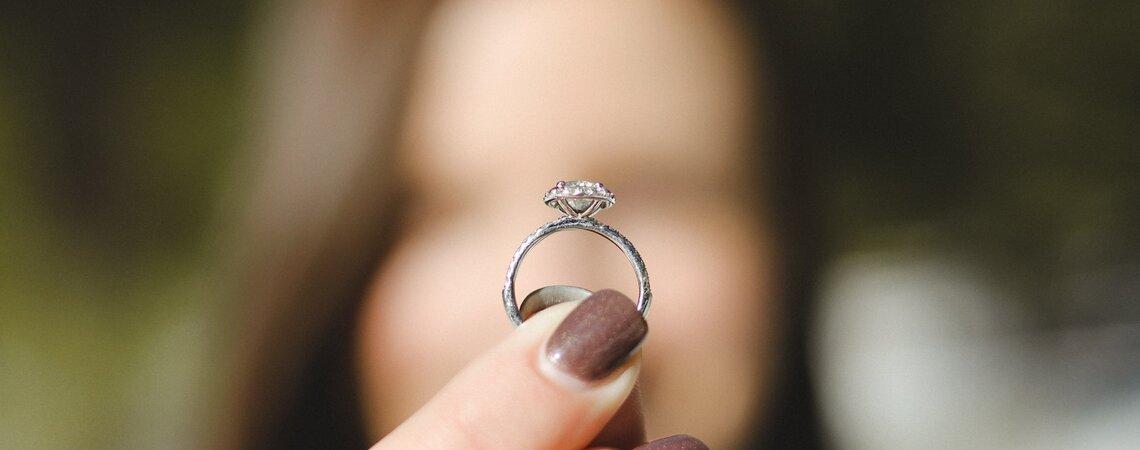 Cómo elegir la piedra preciosa de tu anillo de compromiso
