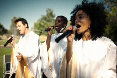 Une cérémonie pleine d'amour et d'émotion avec les chants de Joyfully Gospel !