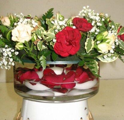 Des Centres De Table Romantiques Et Raffines Avec Des Fleurs