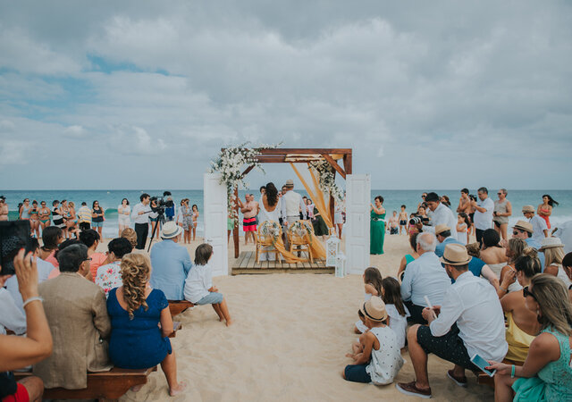Os melhores presentes para os convidados do casamento na praia. Arrisque e dê asas à criatividade!