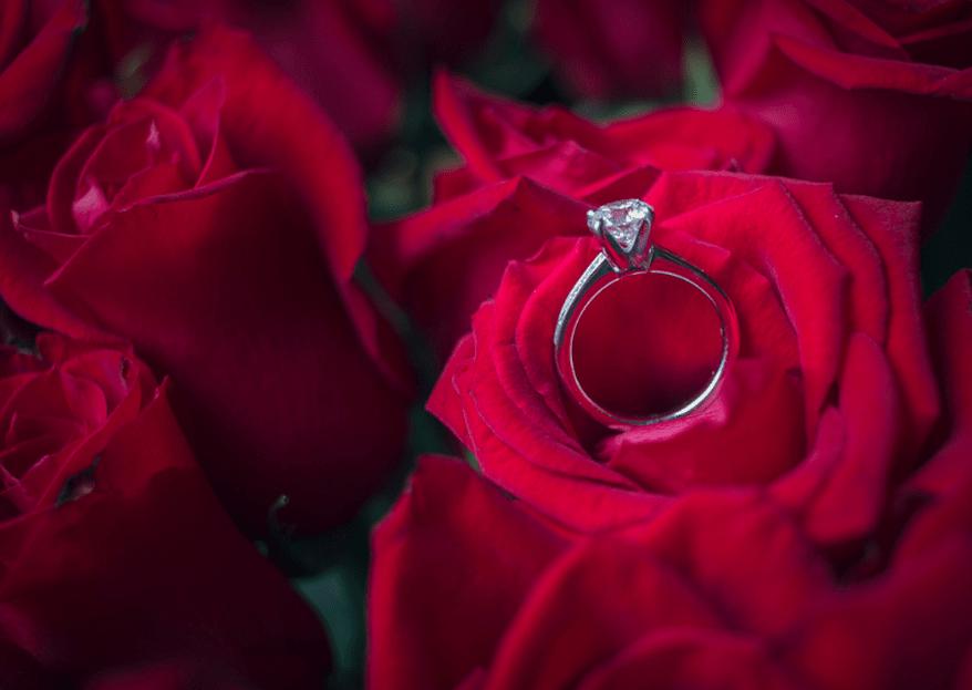 ¿En qué dedo va el anillo de compromiso?