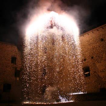 """Feuerwerk - auf das ist möglich  <a href=""""http://www.schloss-romrod.com"""">Schloss Romrod</a>"""