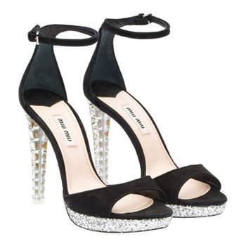 Sandales noires Miu Miu avec semelles compensées en plexiglas et cristaux Swarovski : top élégant !