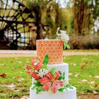Bolos de 3 andares  que inspiram o lado mais artístico dos noivos | Créditos: Atelier Silcakes- Cake Design by Sílvia Silva3