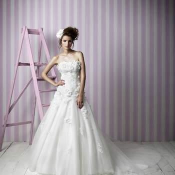 Une robe de mariée romantique à souhait ! Source : Clementine Charlotte Balbier