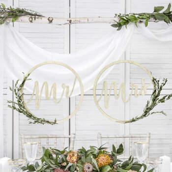 Decoraciones Mr y Mrs- Compra en The Wedding Shop