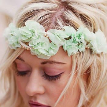 A cor menta é a maior tendência em cores de casamento para 2013. Por isto, veja estas inspirações para incluir a cor no seu dia especial, seja na decoração, nos looks e até no bolo!