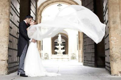 Disfruta de este romántico matrimonio desde Sevilla