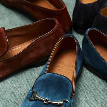 Doucal´s blue mocasine