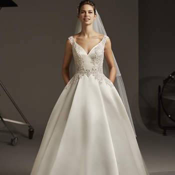 Créditos Pronovias,: Polaris-B