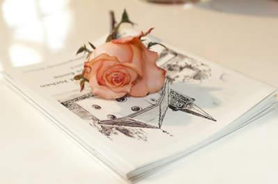 Regálate un misal de boda personalizado