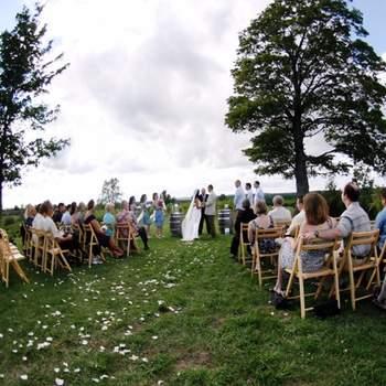 Si las posibilidades de viajar a la costa para tu boda son escasas, tu boda al aire libre la puedes celebrar en la sabana.