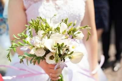 23 букета невесты с белыми цветами: элегантная деталь к вашему образу!