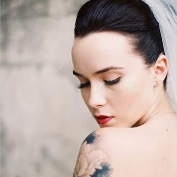 Mariée et tatouée ! Photo : Pinterest Wedding Chicks