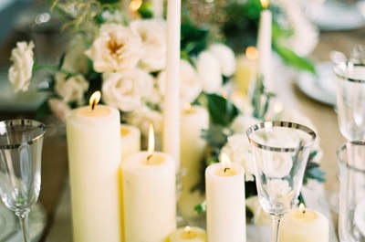 Decoración de boda con velas para iluminar cada rincón. ¡Toma nota de las mejores ideas!
