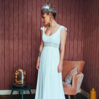Robe de mariée bohème modèle Gwen - Crédit photo: Elsa Gary