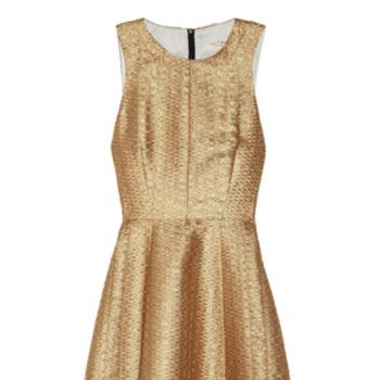 Vestido brocado color oro, de Rag&Bone. Foto: net-a-porter