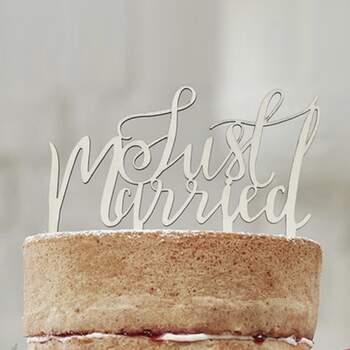 Cake Topper Just Married En Bois - The Wedding Shop !