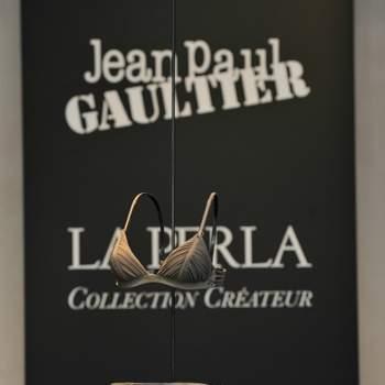 Un modèle La Perla 2012, chic et glamour. Languid Night