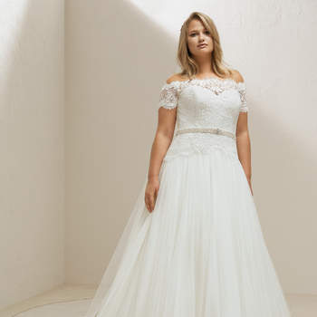 Modelo vestido Mosa da Pronovias