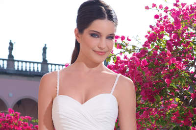 Bridal gowns by Sweetheart 2015: Luxury and exotic elegance