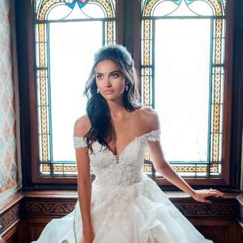 Belle by Allure Bridals | Style: DP252 (só disponível nas lojas Kleinfeld) | Créditos: Disney