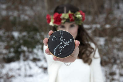 Rustikale Winterhochzeit mit einer traumhaft schönen Torte als gewisses Etwas