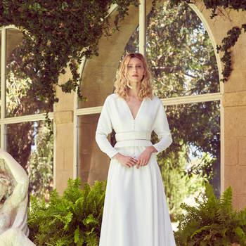 Robe de mariée collection Majesté modèle Fontanges - Crédit photo: Margaux Tardits