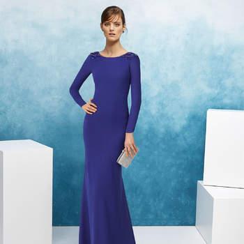 c85381ae3 Escolha um desses vestidos de festa azuis e arrase