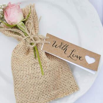 Etiquetas de corazón de boda 8 unidades- Compra en The Wedding Shop