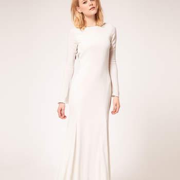 Elige un vestido de novia sencillo para tu boda en la playa o para la boda civil y accesorizate con un estilo de verano, la tendencia del 2012. For Love & Lemons