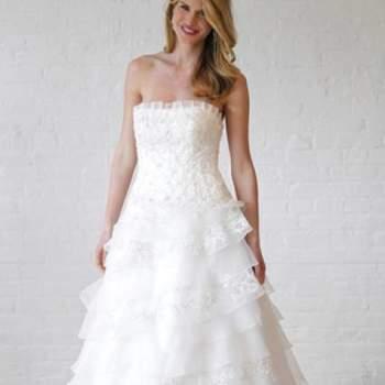 Romantique et féminine. Crédit photo : Robe de mariée David´s Bridal 2013  New York Bridal Fashion Week, printemps 2013.