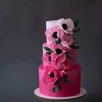 Foto: Anastasiya Tolstih - Pastel con degradado de color rosa y flores