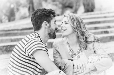 O seu namorado é muito amigo da ex-namorada. Convida-a para o casamento, sim ou não?