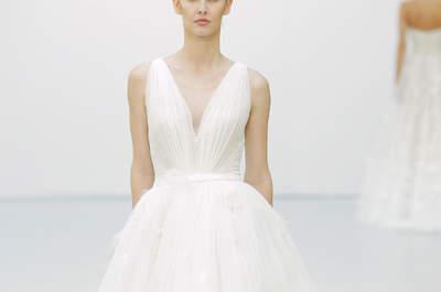 Свадебные платья с V-образным вырезом 2016: приклекательные невесты