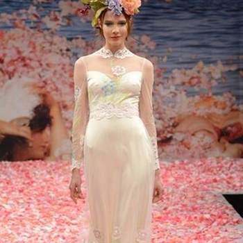 São como fadas num jardim encantado, as noivas by Claire Pettibone. A colecção Outono 2013 traz-nos mais vestidos de noiva delicados e aquele vintage appeal tão característico da estilista.