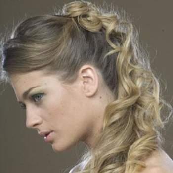 Las ideas en peinados para novia nunca están demás. Aquí algunas ideas en peinados para ti que pronto te casas. Fotos Matias Rivara