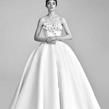 Foto: Bloom Bustier Gown. Credits_ Viktor and Rolf