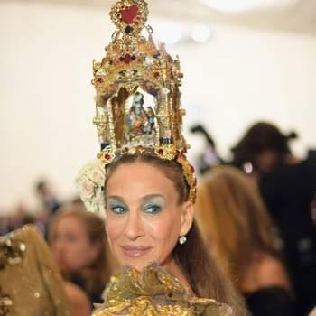 Sarah Jessica Parker em Dolce & Gabbana | Foto via IG @sjpupdates
