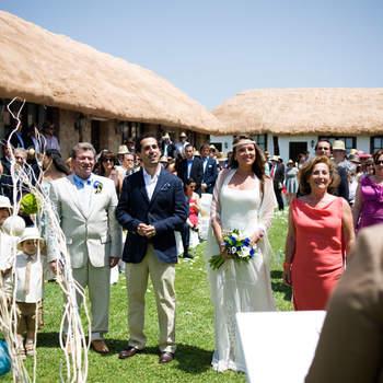 Cada vez son más las fincas de bodas que ofrecen la posibilidad de celebrar la ceremonia al aire libre. Foto: Dani Alda.