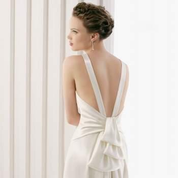 Rosa Clara Hochzeitskleid 2012, mit nackten Rücken.
