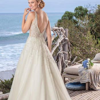 Pearl. Credits: Casablanca Bridal