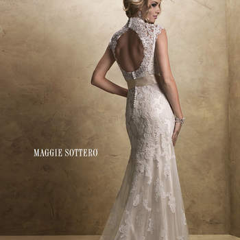 """<a href=""""http://www.maggiesottero.com/dress.aspx?style=12623"""" target=""""_blank"""">Maggie Sottero Platinum 2015</a>"""