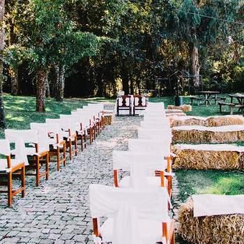 """Espaço especiais para celebrar o seu casamento: <a href=""""https://www.zankyou.pt/f/quinta-da-eira-404867/card/visit-web""""> Quinta da Eira</a> - Porto: Bustelo"""