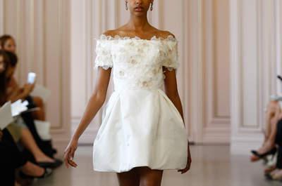 50 vestidos de noiva para mulheres com pouco peito: silhuetas e curvas perfeitas!